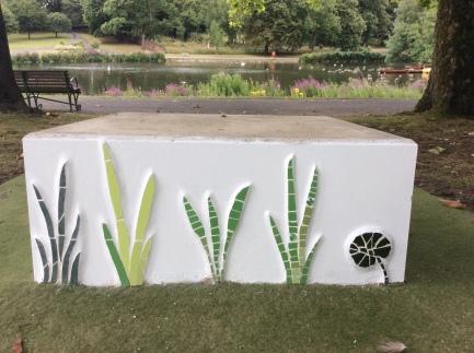 grass-mosaic-lake
